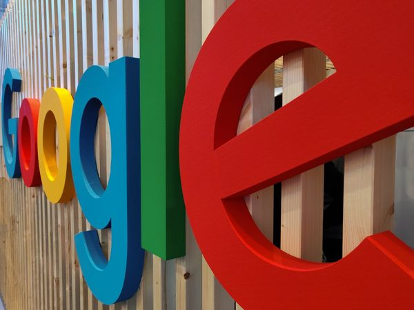Alphabet's (NASDAQ: GOOGL) Google Payment Chief Resigns